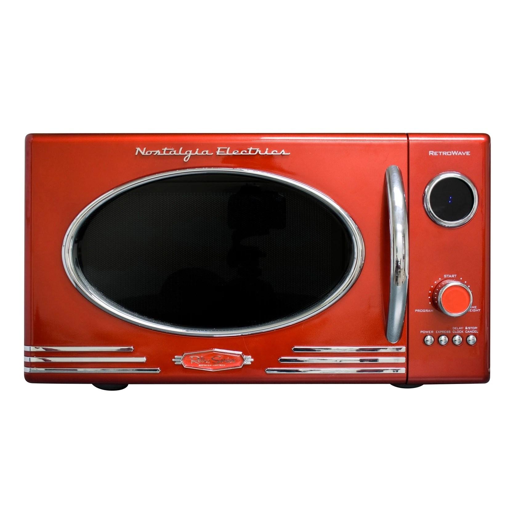 nostalgia rmo4rr retro 0 9 cu ft microwave oven retro red