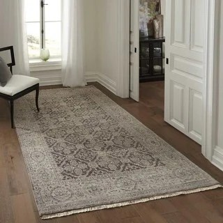 NuLOOM Traditional Ornamental Diamonds Taupe Rug 53 X 7