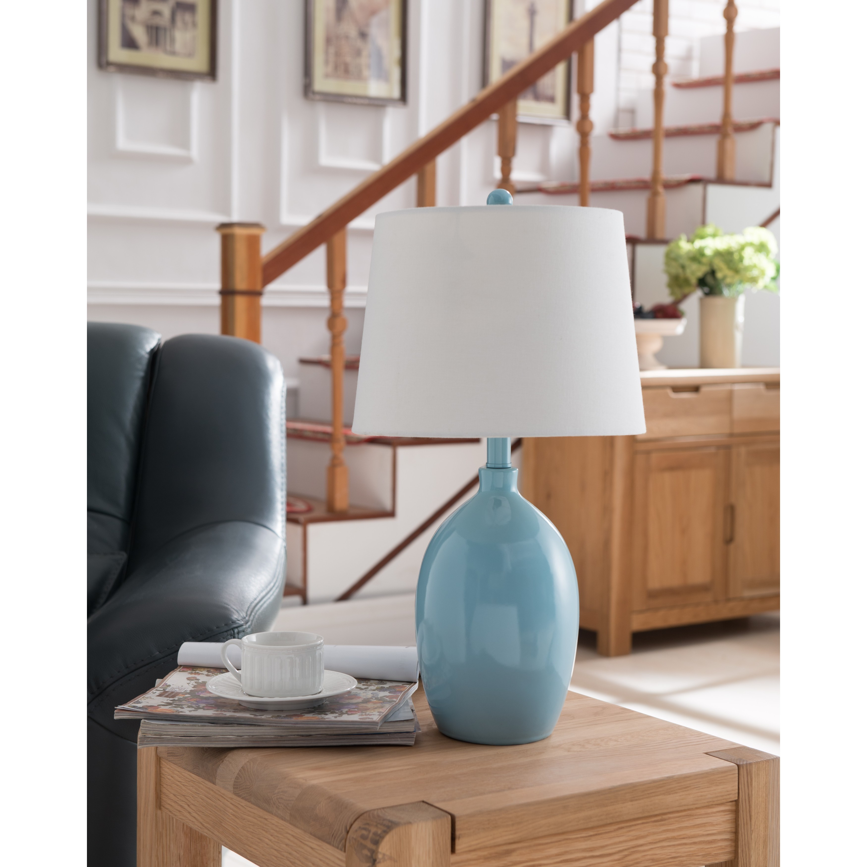 K And B Furniture Co Inc Blue White Table Lamps Set Of 2 On Sale Overstock 15003168