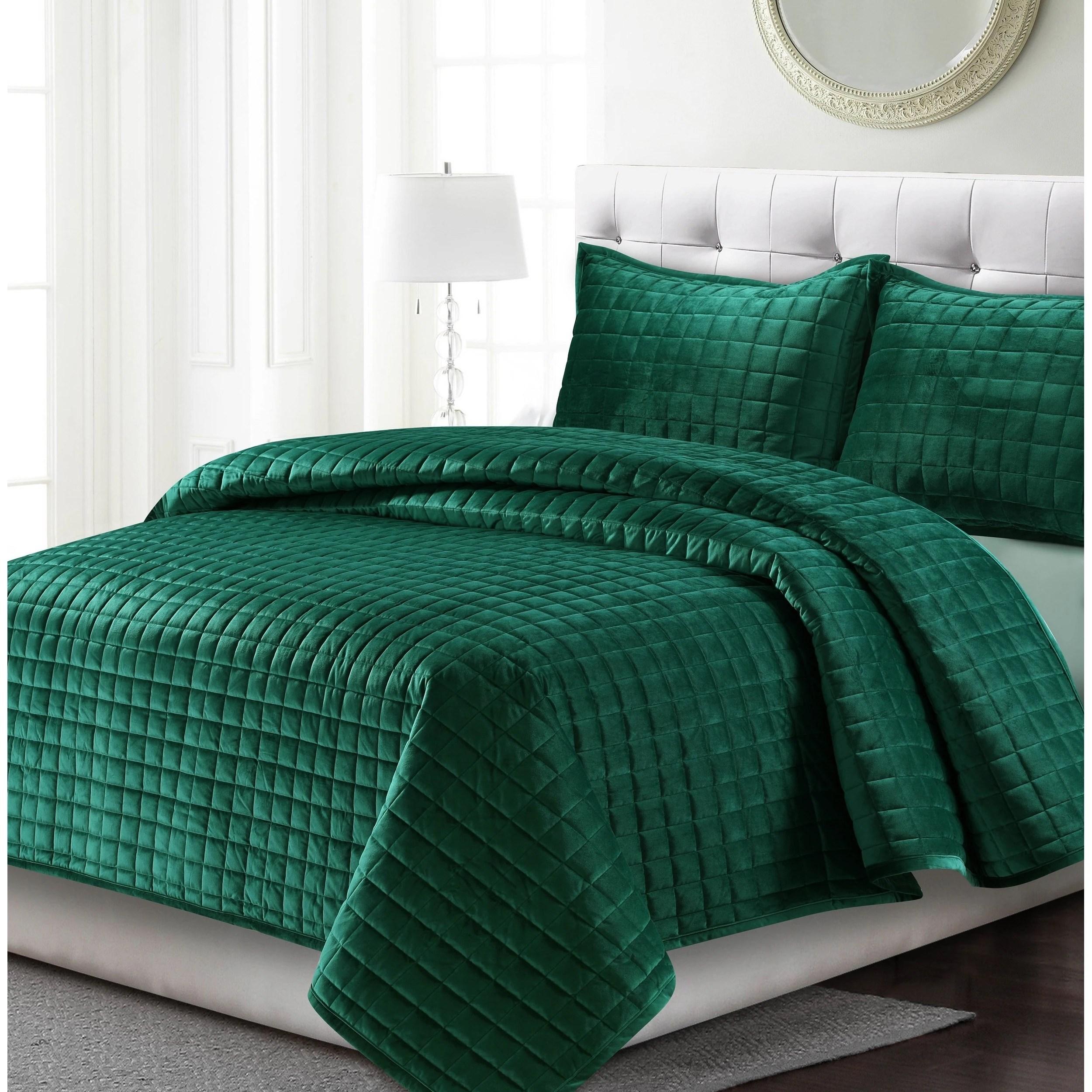 florence velvet oversized solid quilt set
