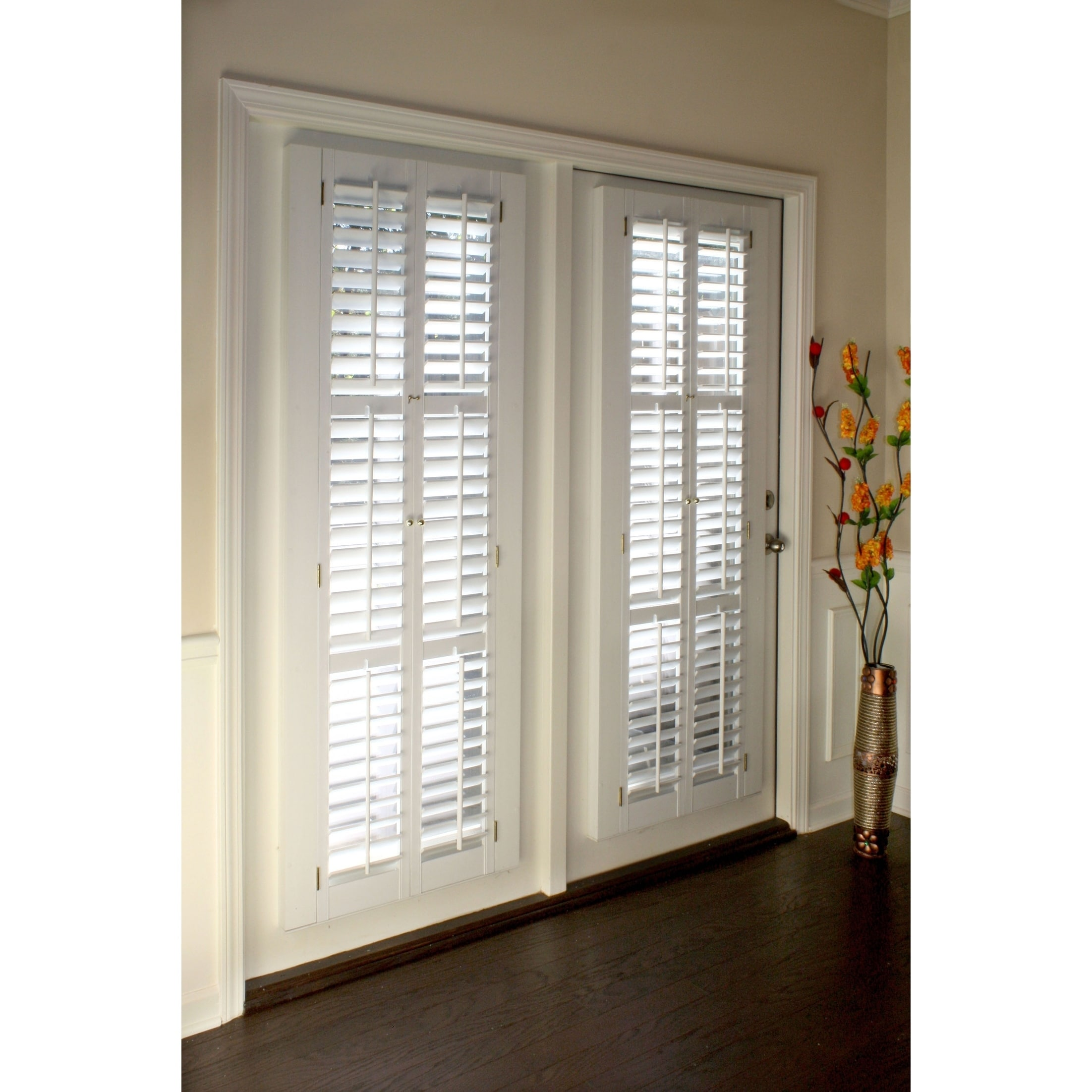 White 2 1 4 Inch Slat Plantation Shutter 31 Inches Wide