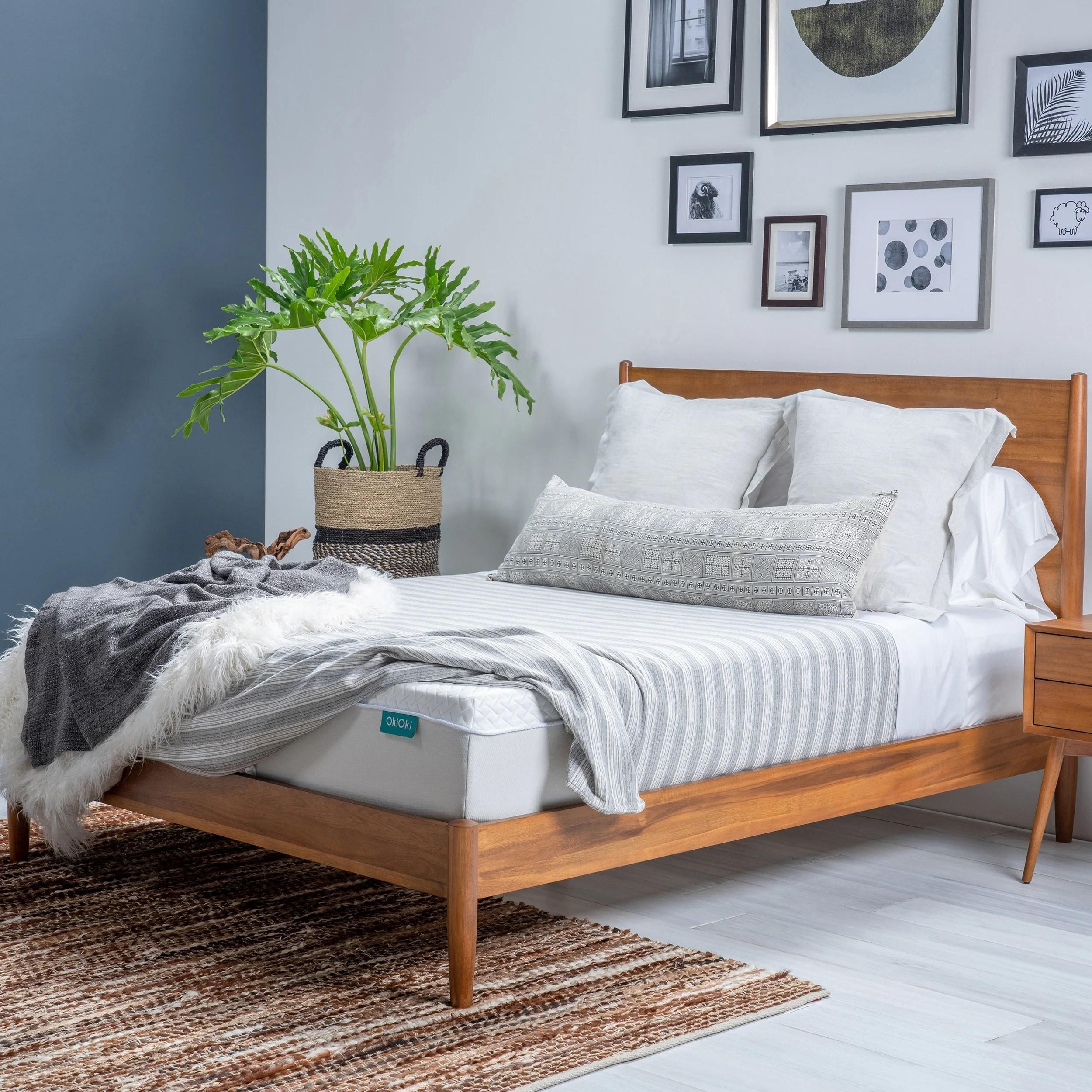 coil mattress matres image