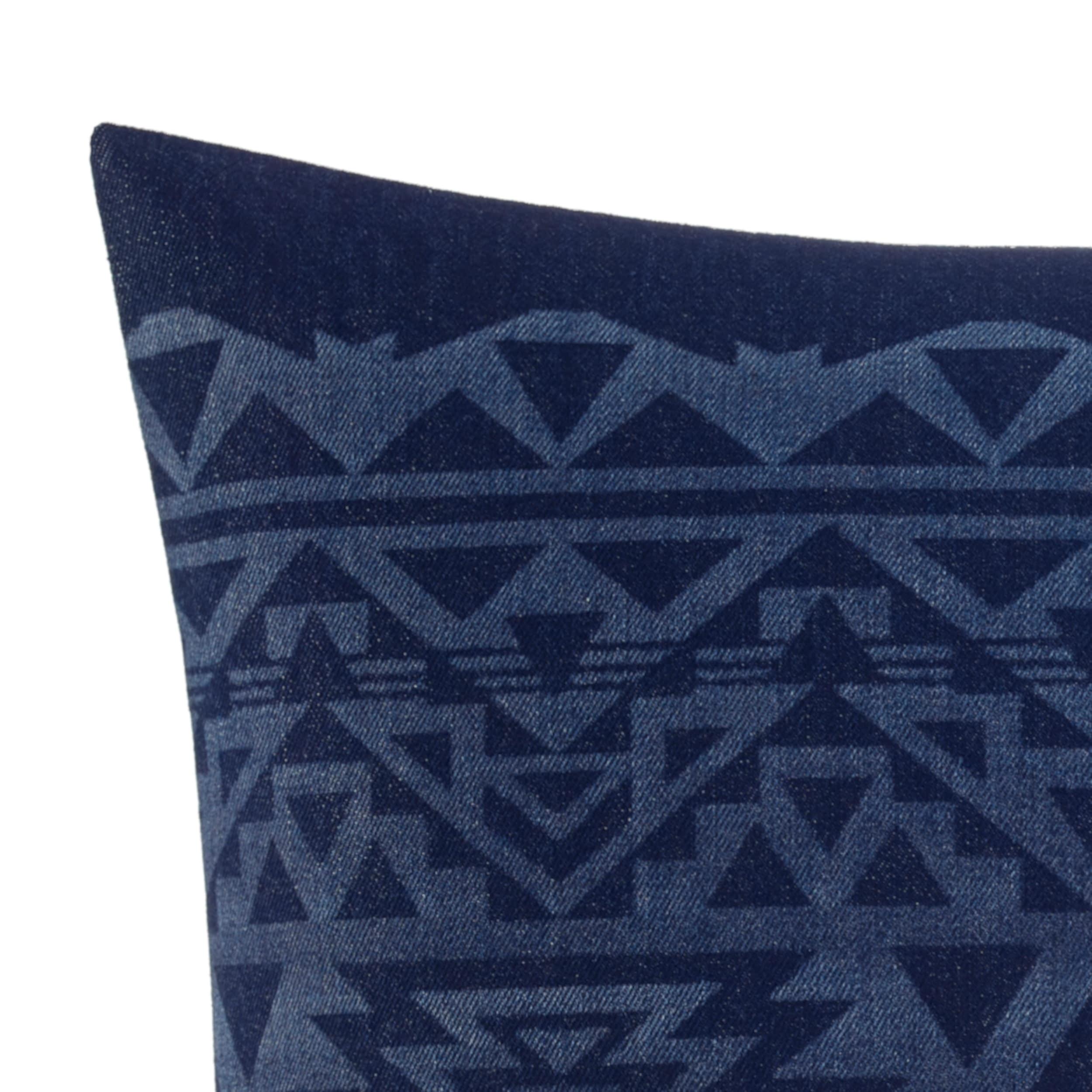 eddie bauer crescent lake blue 20 x 20 decorative pillow
