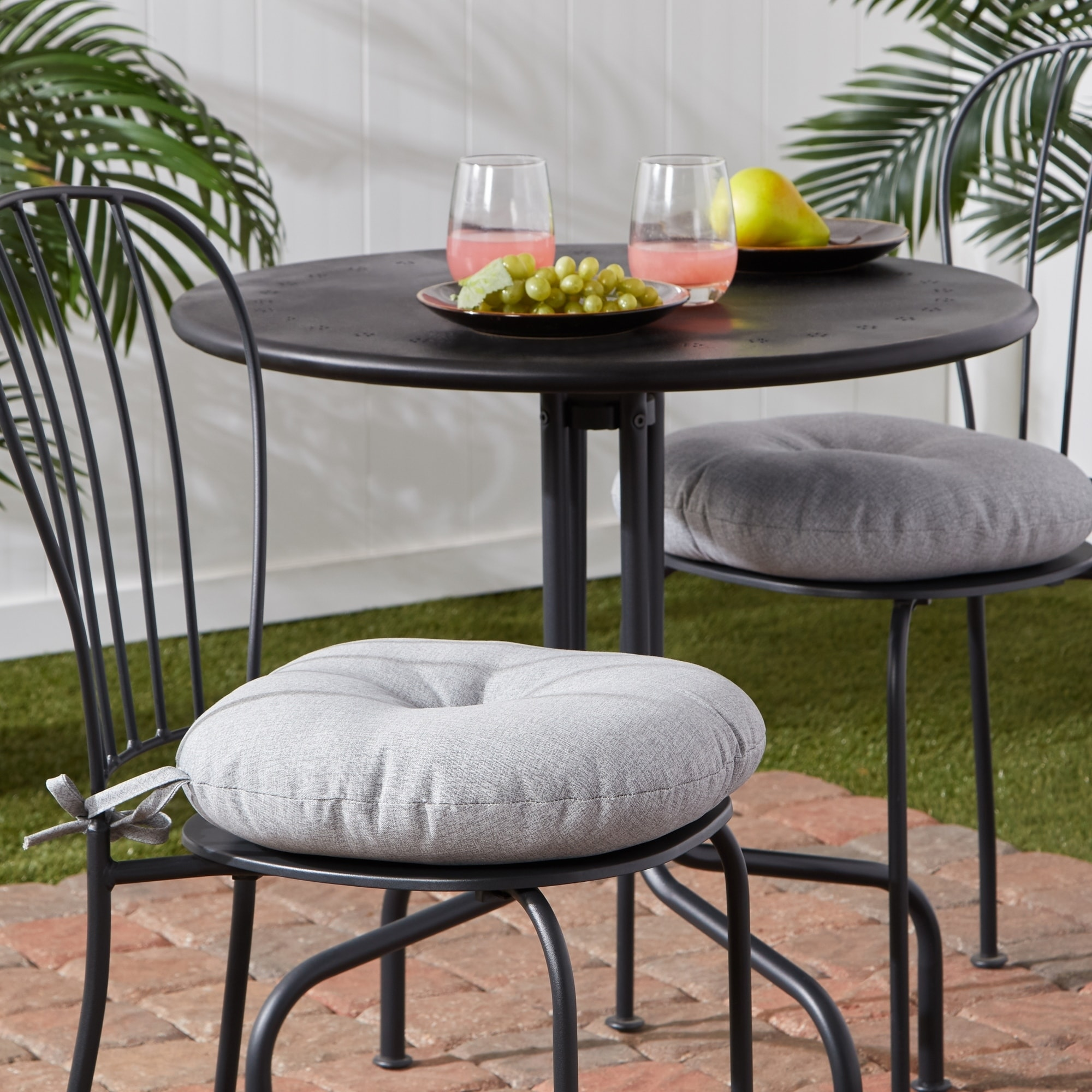 Palm Leaves White Outdoor 15 Inch Bistro Chair Cushion Set Of 2 Overstock 30757669
