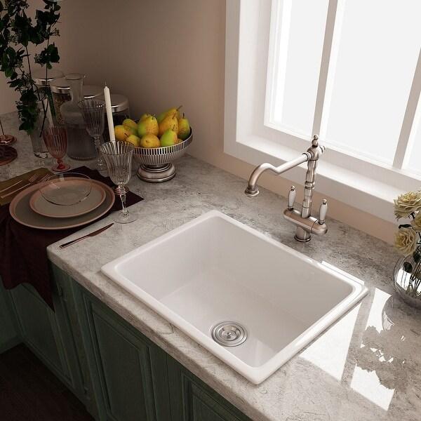 farmhouse and apron kitchen sinks