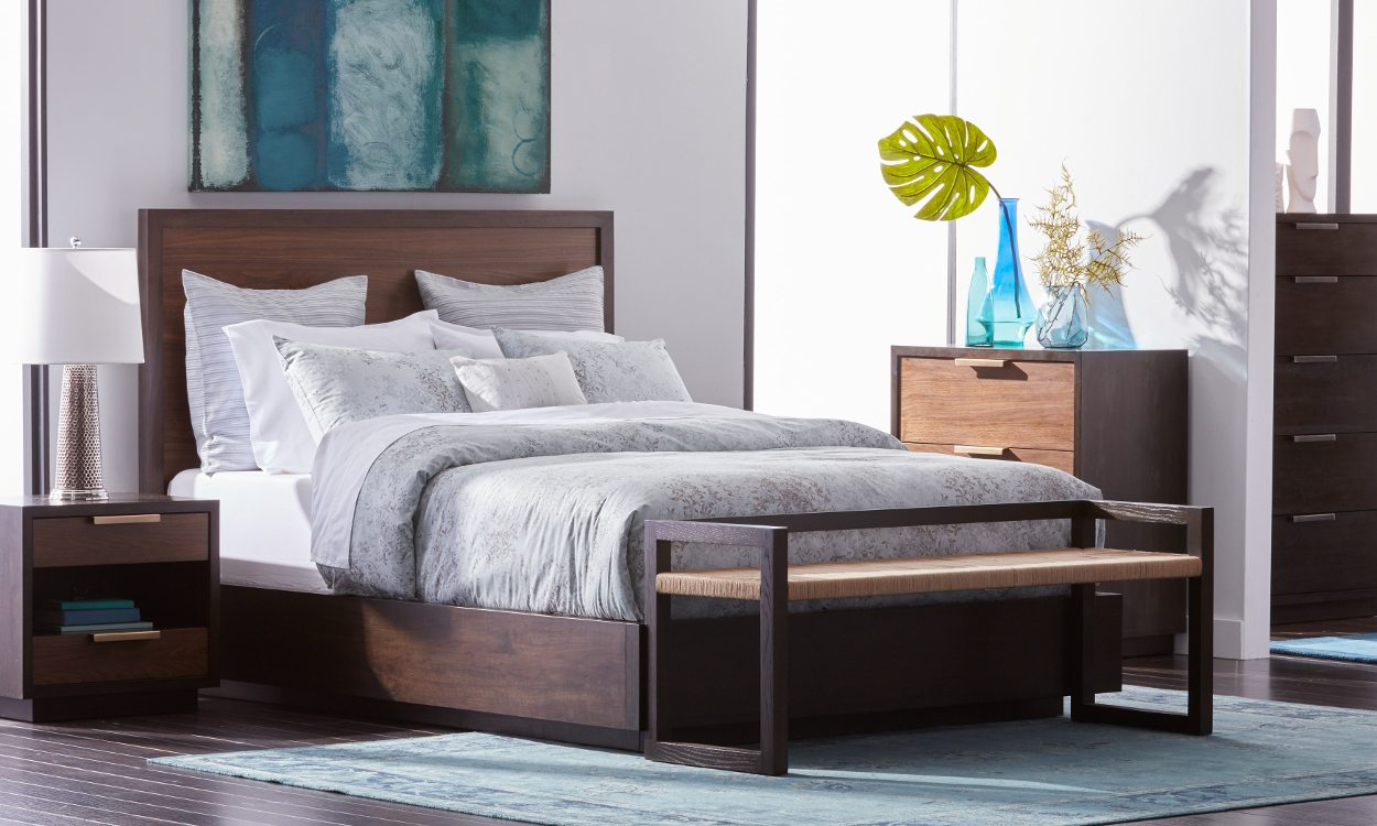 How to Fit Queen beds in Small Spaces- Overstock.com on Small Rooms  id=99863