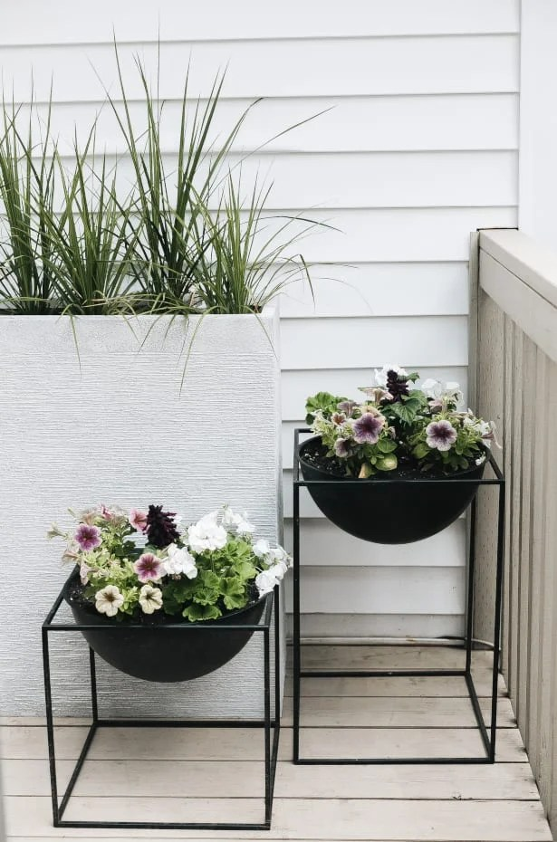 the best outdoor planters for a stylish