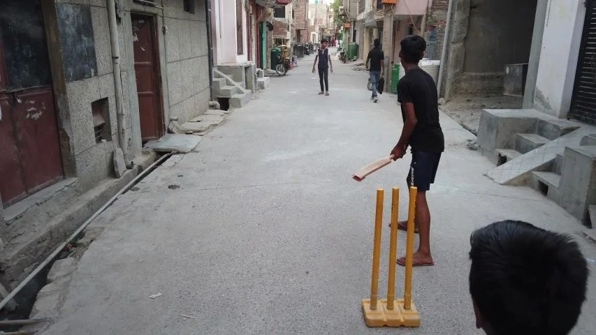 Street cricket chronicles: tip-top, connection, and taking panga in Delhi