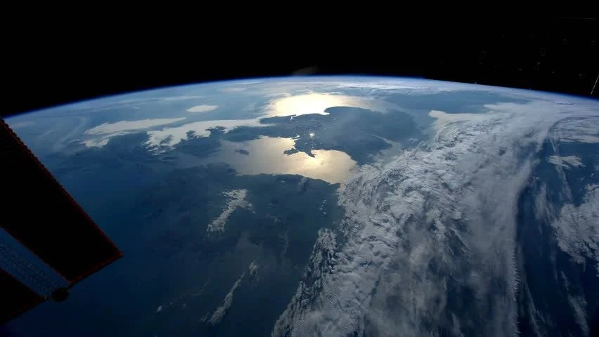 Planet Earth Seen From The ISS. Beautiful Planet Earth ...