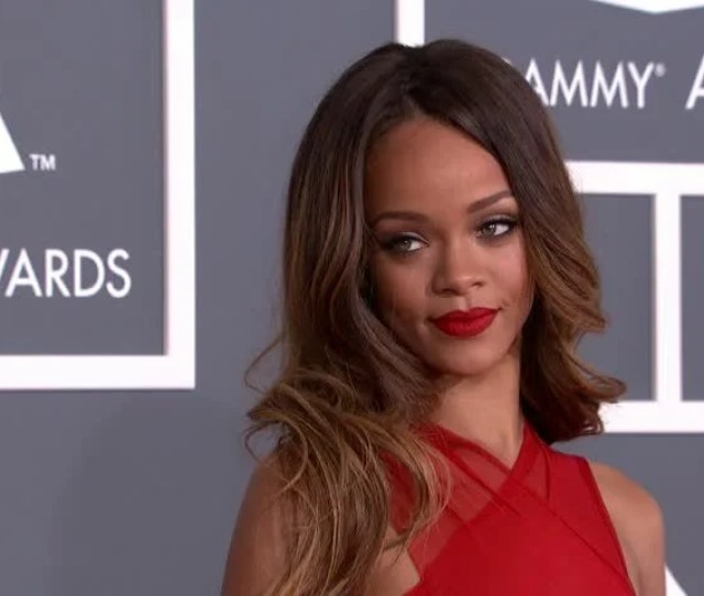 Los Angeles February 10 2013 Rihanna At The Grammy Awards 2013 In The