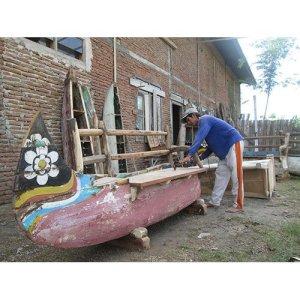 27 JRBW-02 Boat Bench B