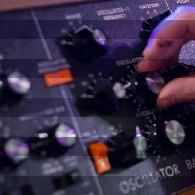 """Kurs indywidualny """"Synteza dźwięku"""""""