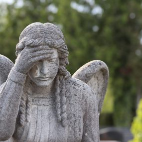 stone angel, wigs, statue