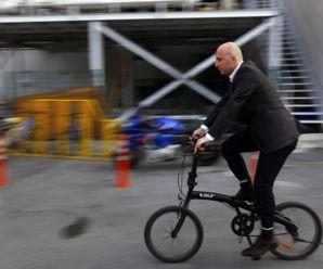 Milano'da işe bisikletle gelene para verilecek
