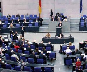 Almanya parlamentosunda 5 ay boyunca  aylık 500 Euro burslu staj imkanı