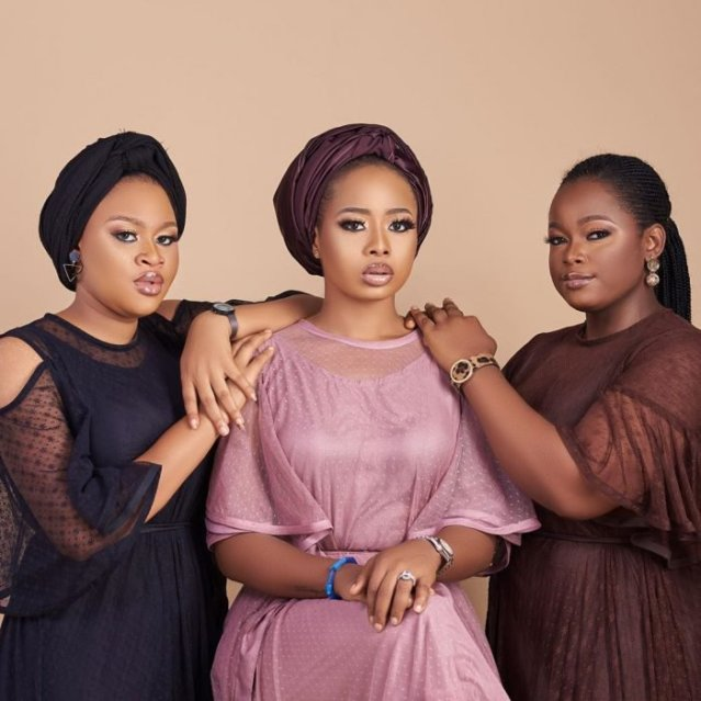 Alaafin Of Oyos Young Wives Pose Together