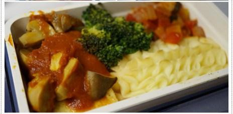 【日本】華航(桃園、關西) 往返機上餐:特殊餐、一般餐
