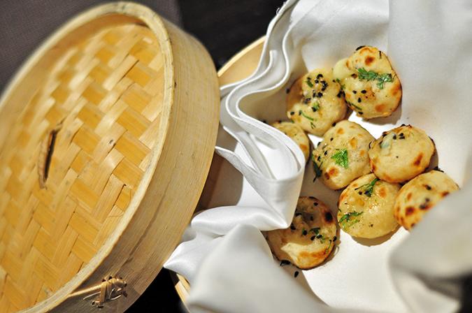 { Made in Punjab } :: Restaurant by Zorawar Kalra   www.akanksharedhu   Garlic Cheese Stuffed Naan Bites