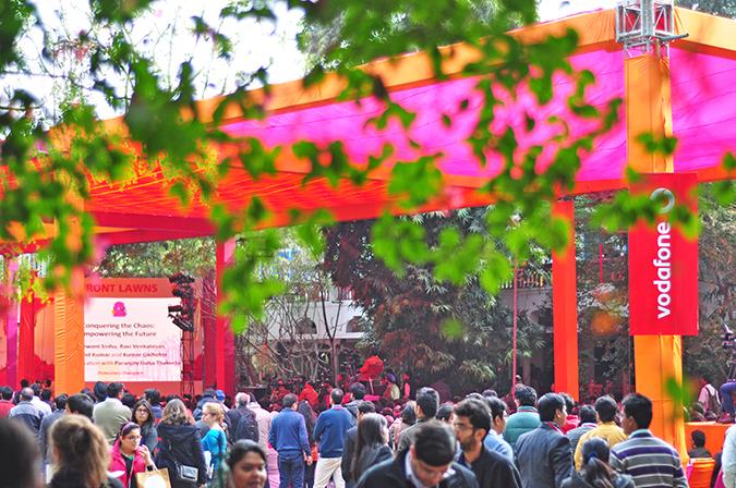 Jaipur | Le Méridien | Day 02 - Jaipur Literature Festival | www.akanksharedhu.com | crowds