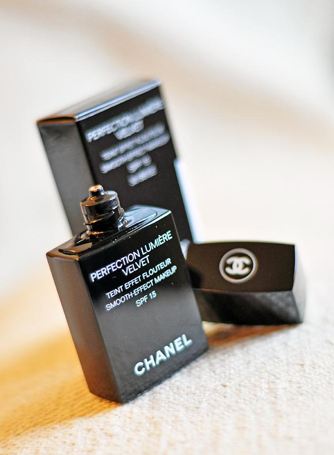PERFECTION LUMIÈRE VELVET | Chanel | www.akanksharedhu.com | Open Bottle