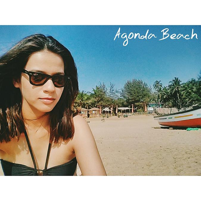 instaTravel | Road Trip | India | www.akanksharedhu.com | Agonda Beach Selfie Goa