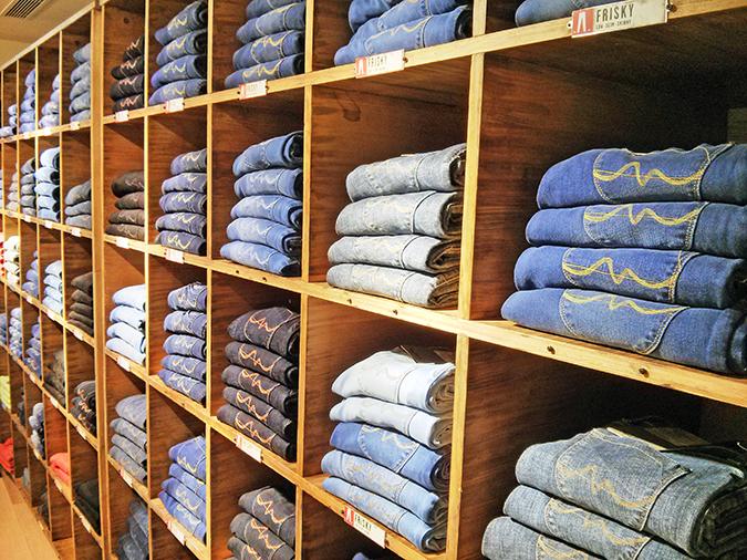Pepe Jeans London | www.akanksharedhu.com | stacks of denims