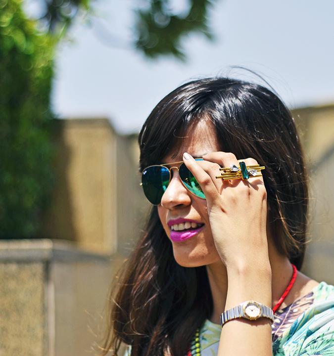 { Tropical Heat Wave } | www.akanksharedhu.com | hand on sunglasses