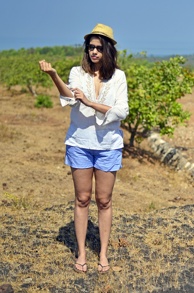 Gokarna | www.akanksharedhu.com | outfit full front sleeve