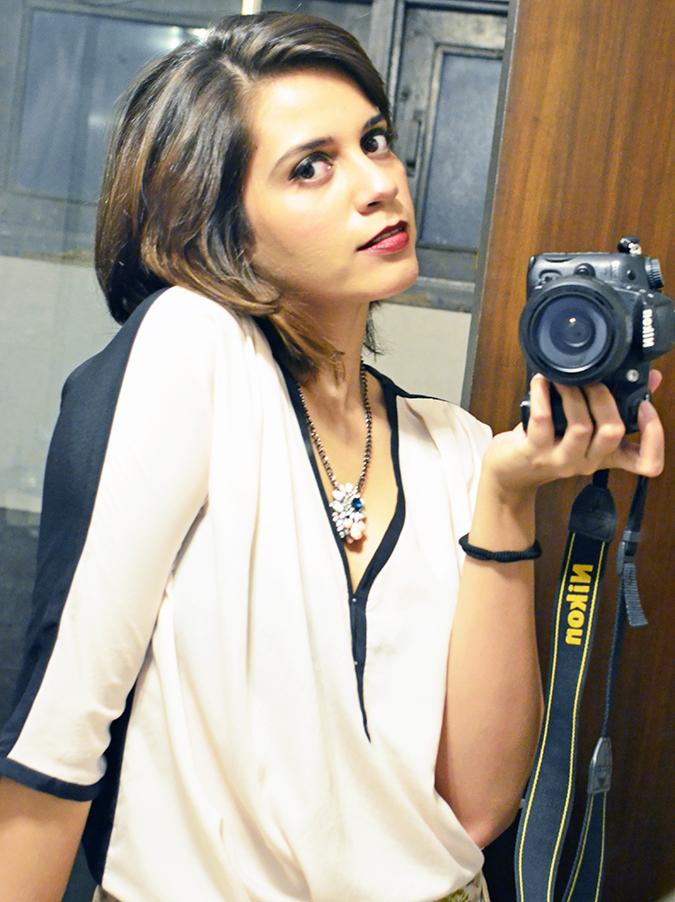 Les Beiges | Chanel | www.akanksharedhu.com | face side