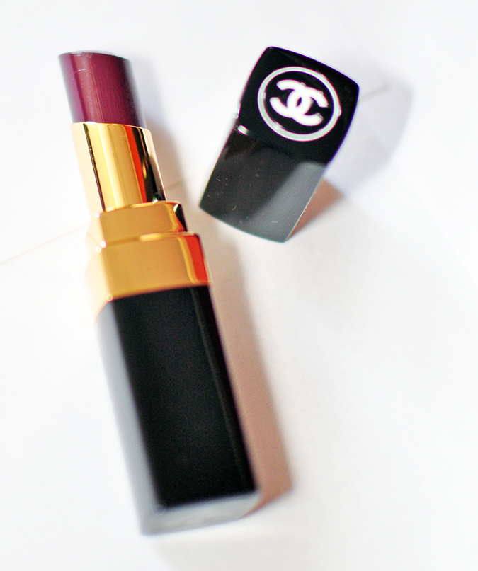 COLLECTION ÉTATS POÉTIQUES | Chanel | www.akanksharedhu.com | lipstick