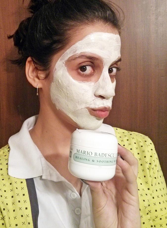 Current Beauty Faves | Luxola | www.akanksharedhu.com | with badescu mask on
