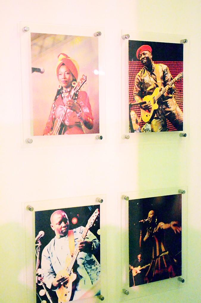 Masters of World Music | Blackberrys Sharp Nights | Akanksha Redhu | wall of pics