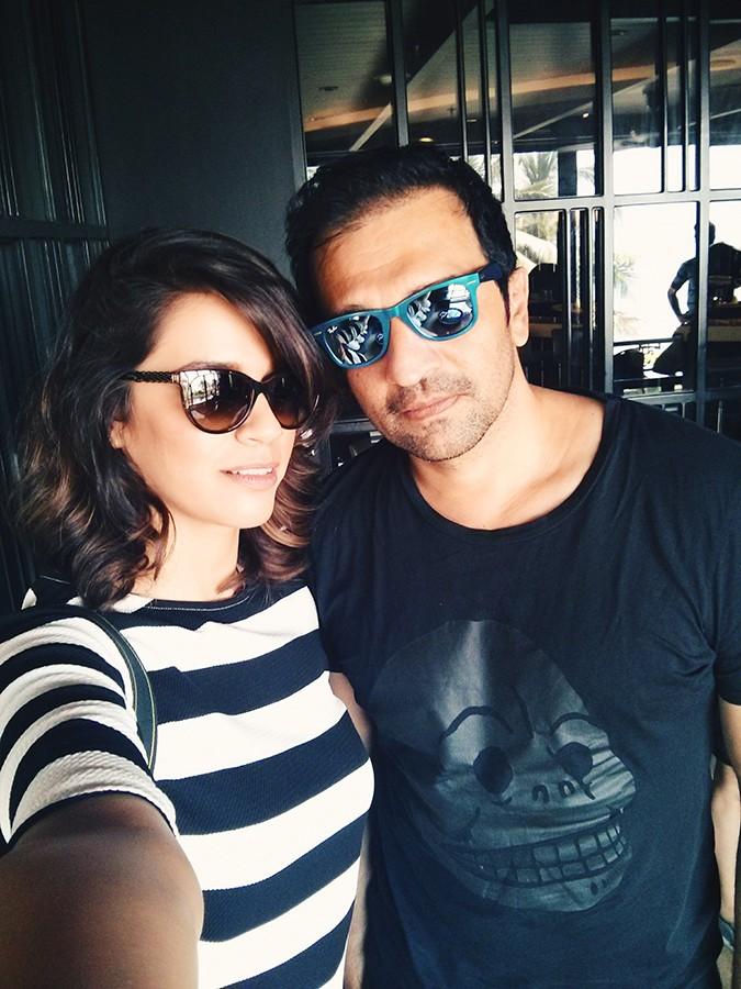 Stardust | Vogue Eyewear | Akanksha Redhu | selfie with Atul Kasbekar