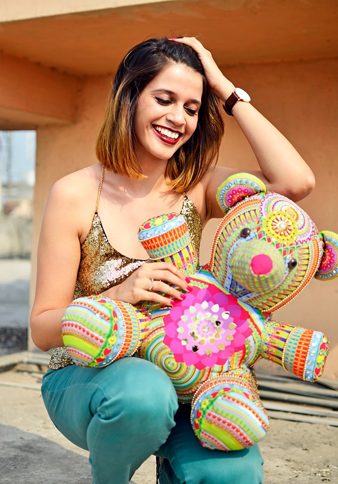Manish Arora Teddy Bear | ExclusivelyIn | Akanksha Redhu | sitting with teddy