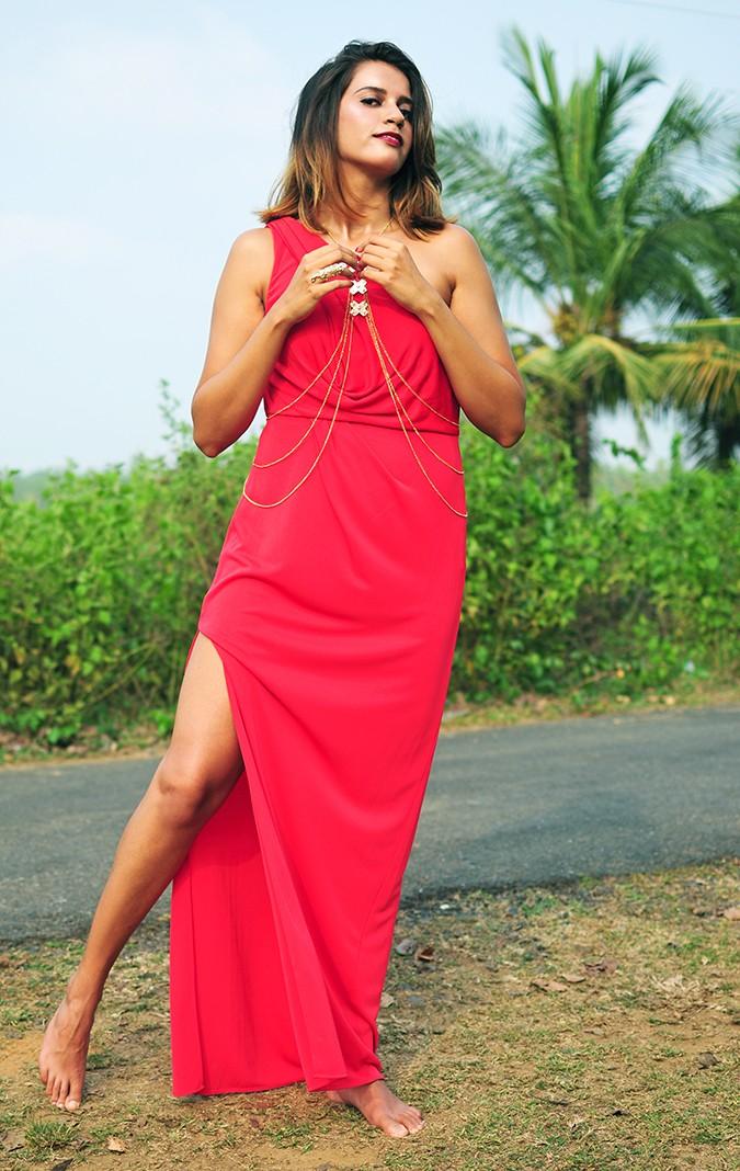Coral Streets | BCBGMAXAZRIA | Akanksha Redhu | full front leg out