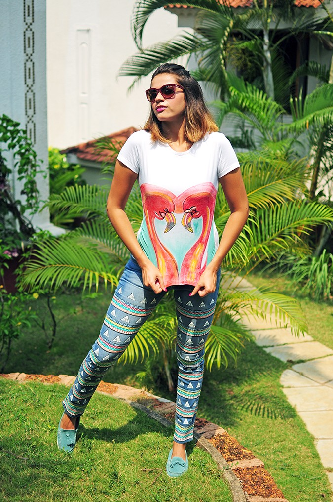 Hand-Painted Goodness | RangRage | Akanksha Redhu | full front pulling tee