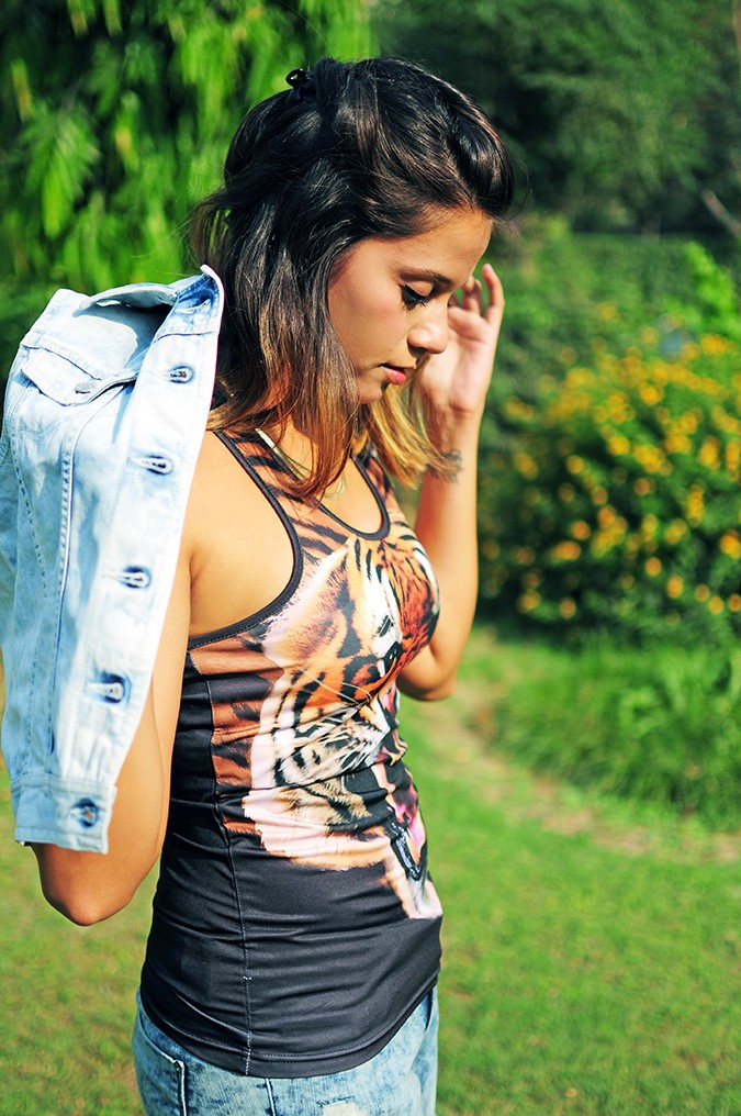 The Roaring Denims | Only India | Akanksha Redhu | half side jacket on shoulders