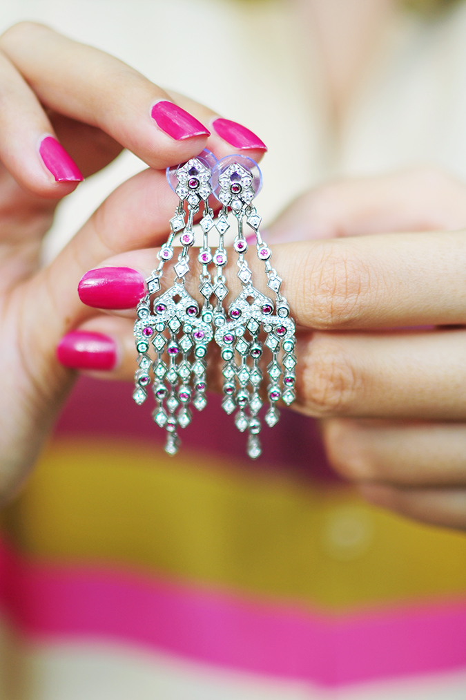 { How to Wear } - Everyday Glam | Akanksha Redhu | ruby earrings over finger