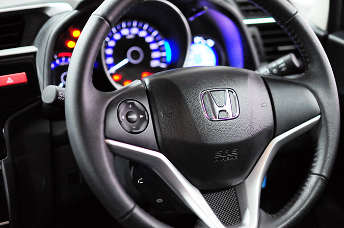 #AllNewJazz | Honda | Akanksha Redhu | focus on steering wheel
