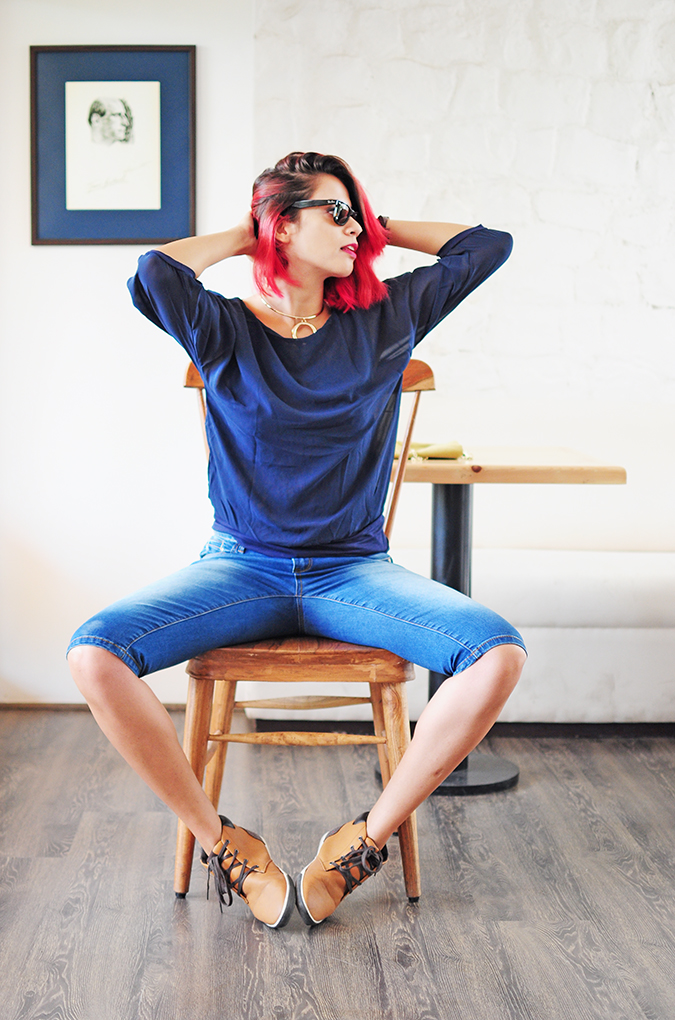 Brunch in Blue | Akanksha Redhu | sitting full