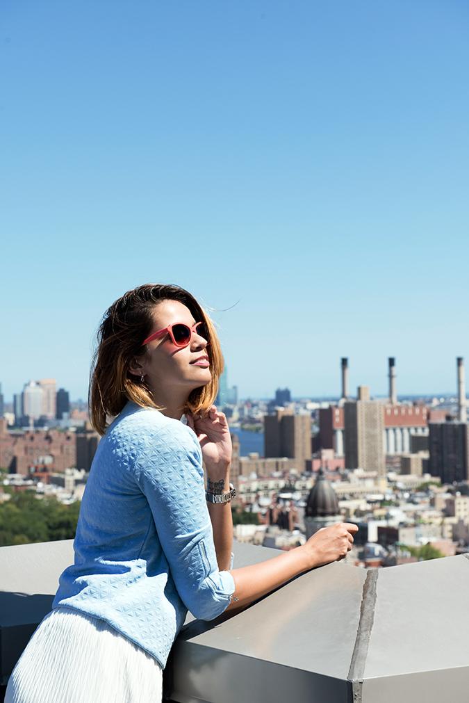 New York   #RedhuxVeroModa   side half on ledge