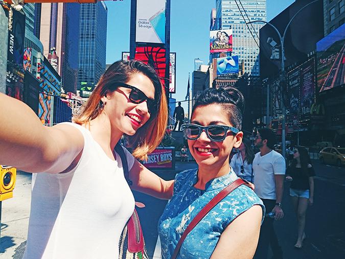 New York City | #RedhuxNYC | timessq selfie with Naina