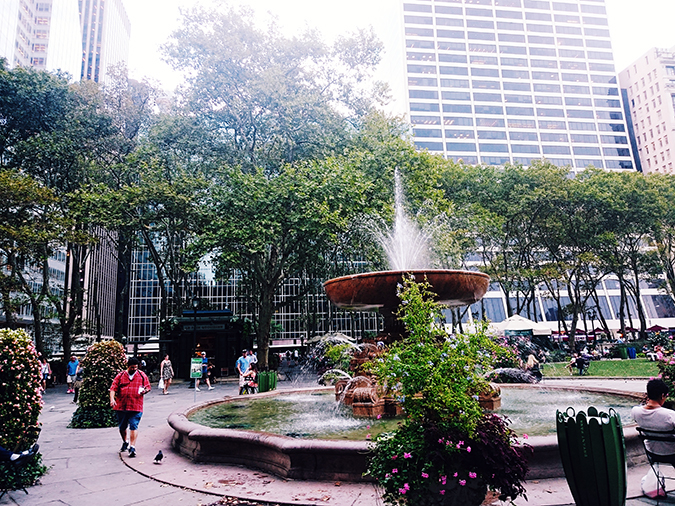 Bryant Park | New York City | #RedhuxNYC | fountain
