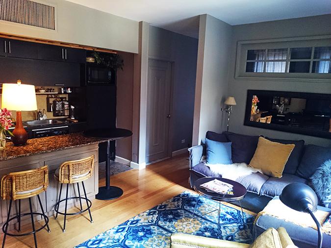 Airbnb | New York City | #RedhuxNYC | kitchen and living