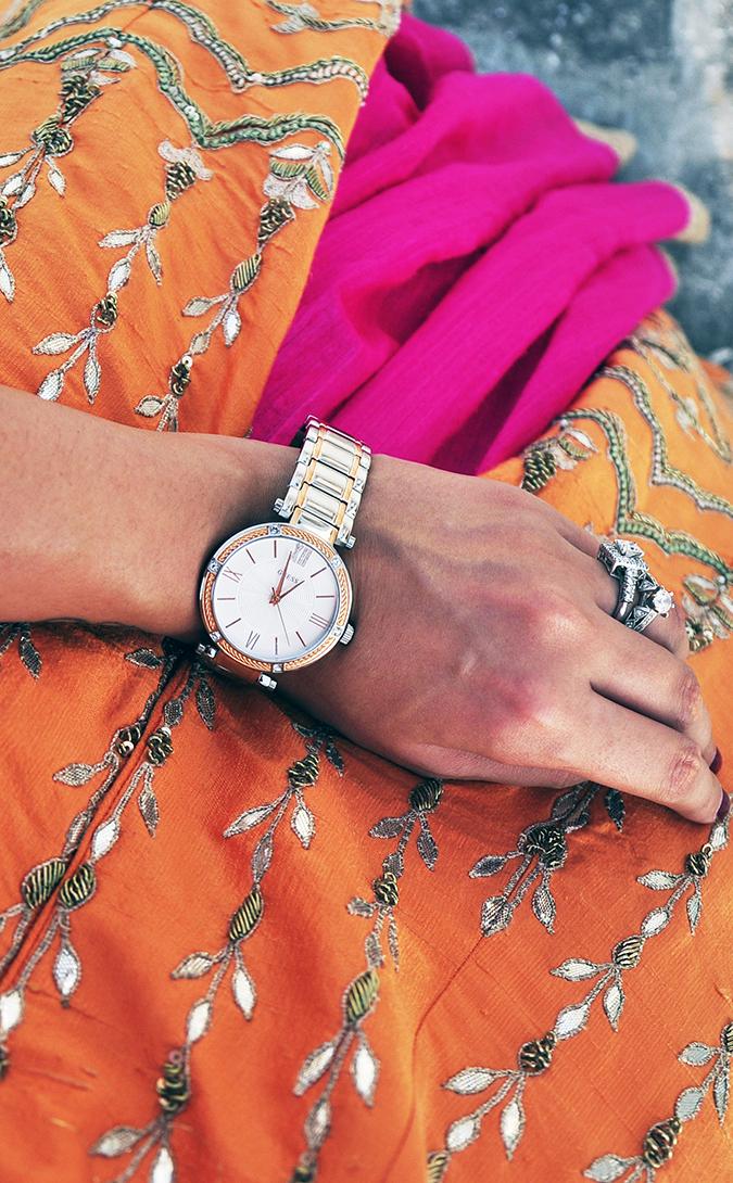 Anita Dongre | Akanksha Redhu | #ootd | Guess Watch from above