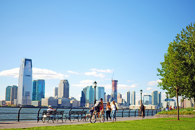 Battery Park | NYC | #RedhuxNYC | cyclist