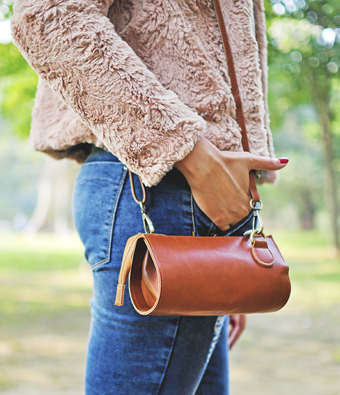 Warm n Fuzzy | Only India | Akanksha Redhu | side bag