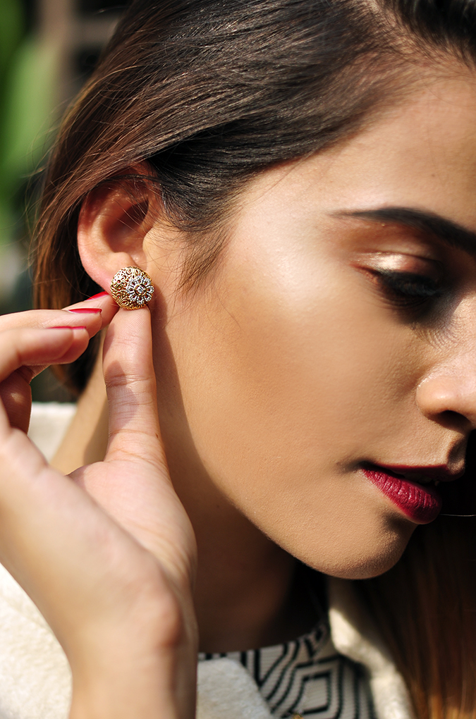 BeeJewelled - CaratLane | Akanksha Redhu | face earrings