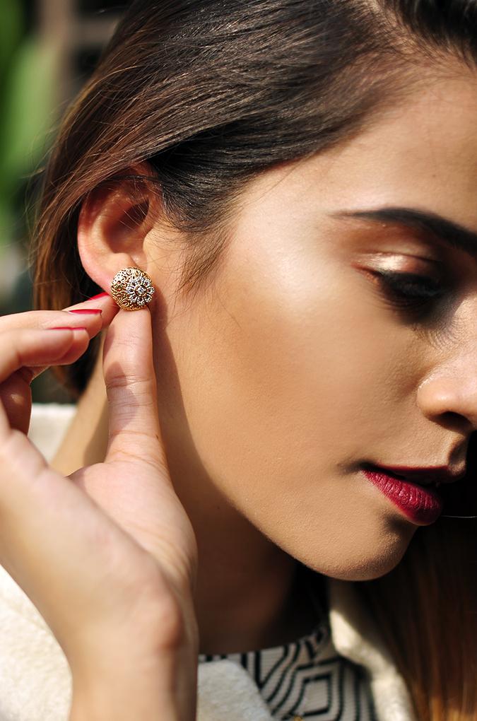BeeJewelled - CaratLane | Akanksha Redhu | face earrings