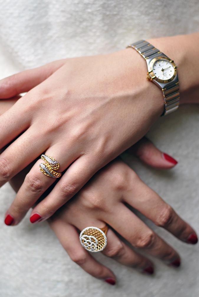 BeeJewelled - CaratLane | Akanksha Redhu | both hands on coat